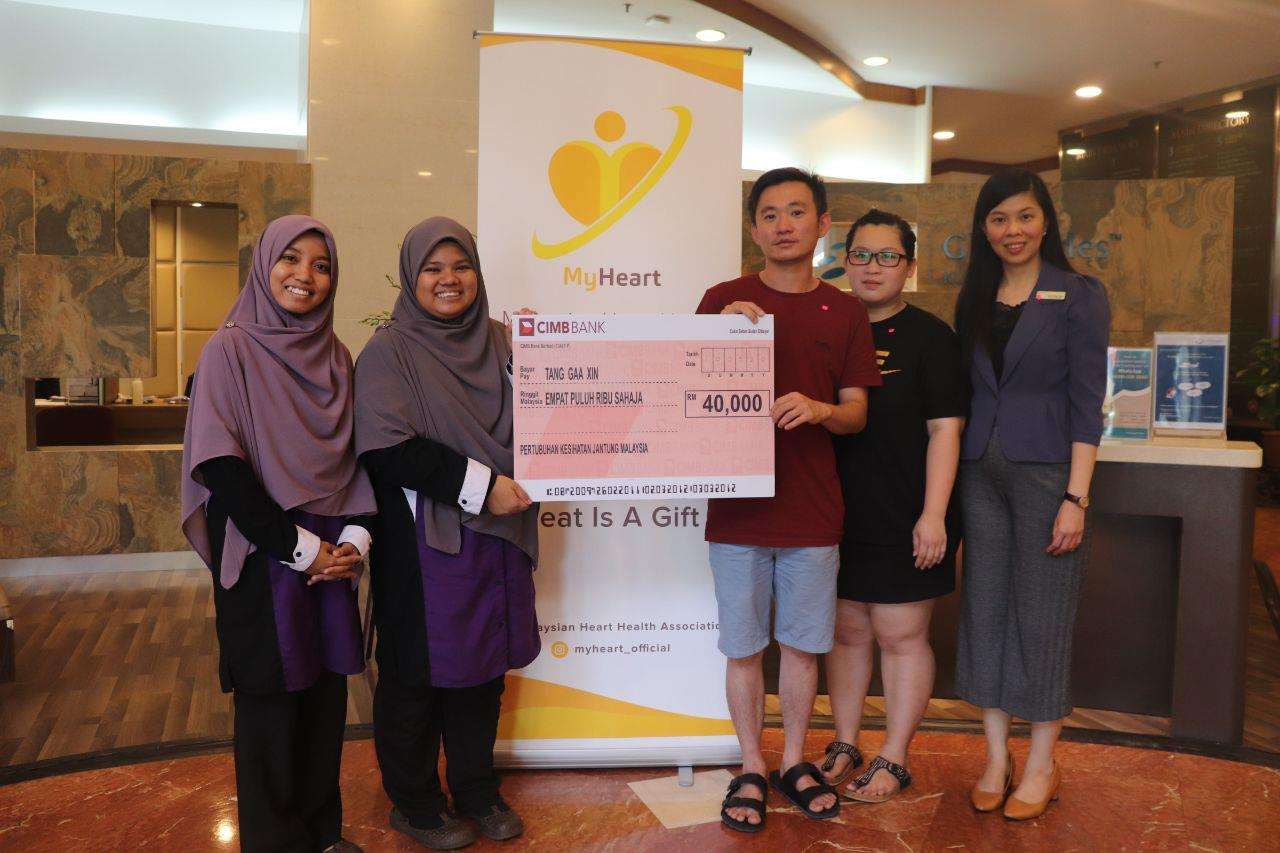 Fund distribution to Tang Gaa Xin for heart surgery in Gleneagles Hospital